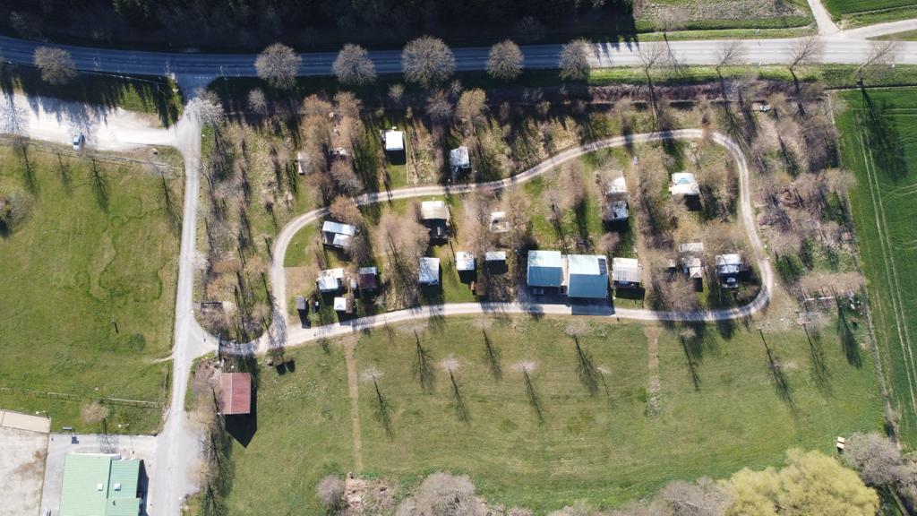 Les emplacements du camping de Courtavon